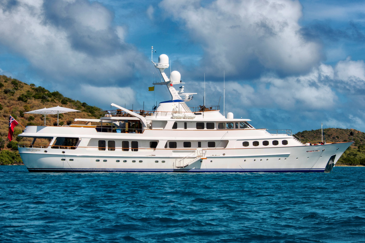 Lady Georgina - Nautipaints Superyacht paint Services