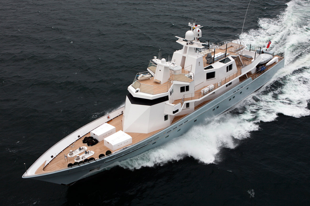 Ronin - Nautipaints Superyacht paint Services